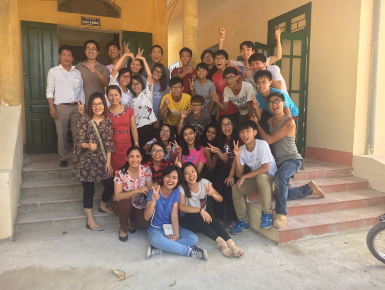 Group photo of participated teachers, students, translators, and local partners